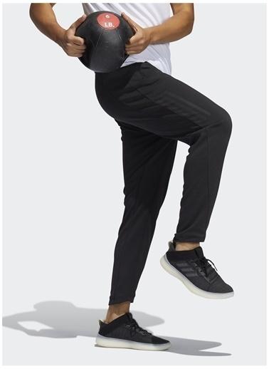 adidas adidas GP5405 AERO FLW PB PNT Erkek Eşofman Altı Siyah